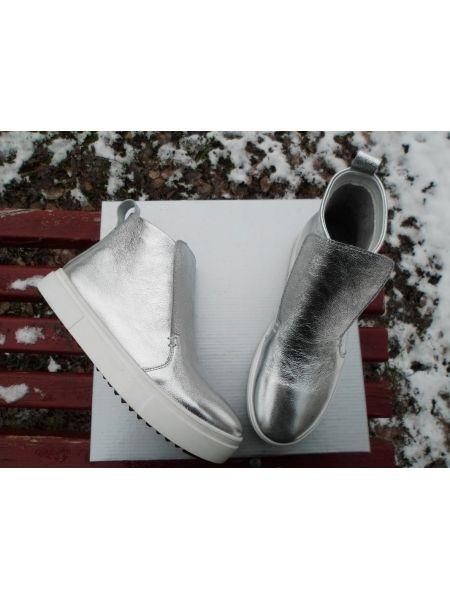 Ботинки кожа цвет серебро
